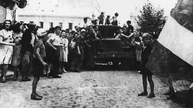 Libération de Morlaix le 8 août 1944 (photo d'archives publiée par Ouest-France)
