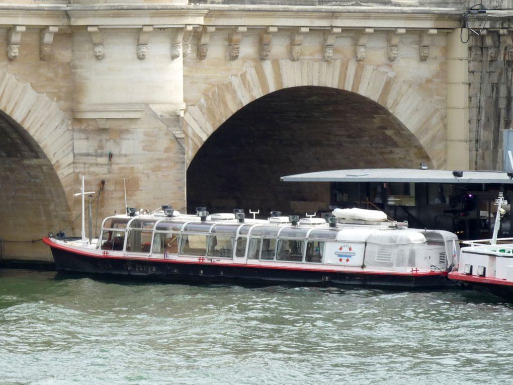 SYSLEY  , sur la Seine à Paris le 22 septembre 2016