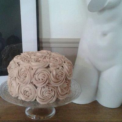 Layer Rose Cake Kinder® et Chocolat Blanc.