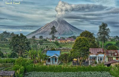 News from Sinabung, Raung, Merapi, Etna and Soufrière.