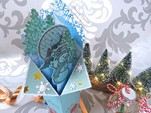 Carte - Main - Fait - Maison - Tampons - Flocons - Sapin - Noël - 2019 - Bonhomme de Neige - Strass - Stickers