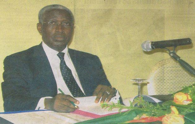 Aide publique au développement : Raymond Ndong Sima tape du poing sur la table