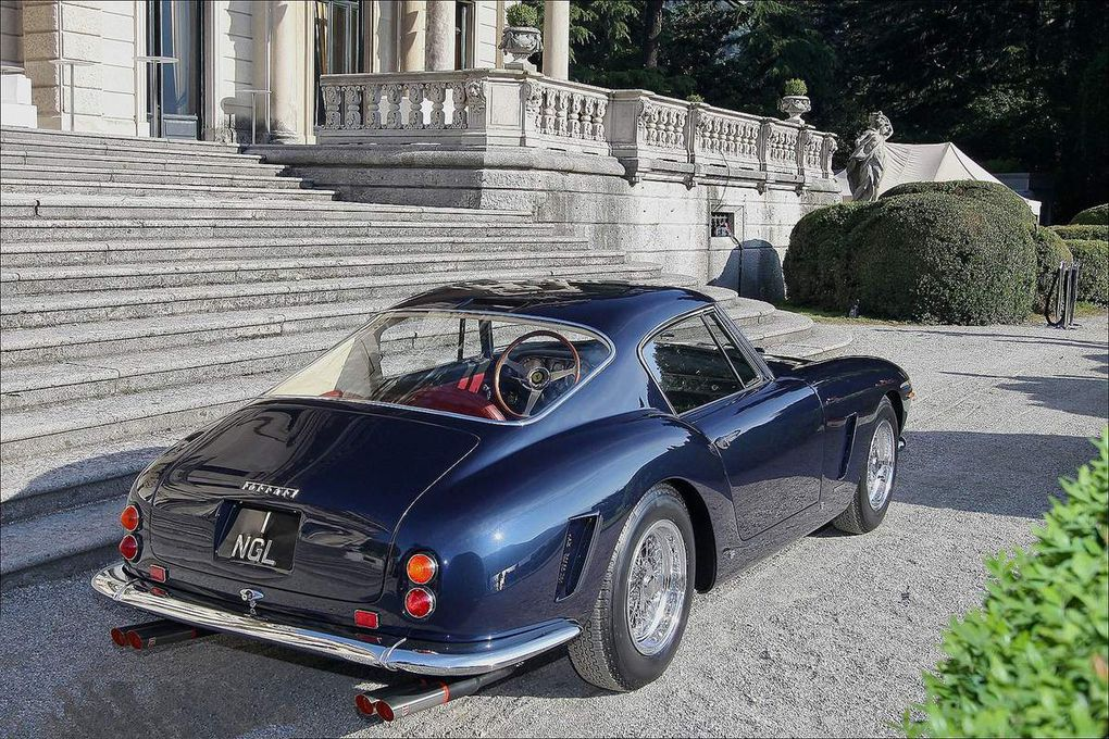 VOITURES DE LEGENDE (553) : FERRARI  250 GT  SWB - 1962