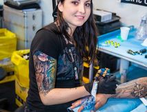 Roxane Duquenne Tattooing at the Cezanne Tattoo Convention