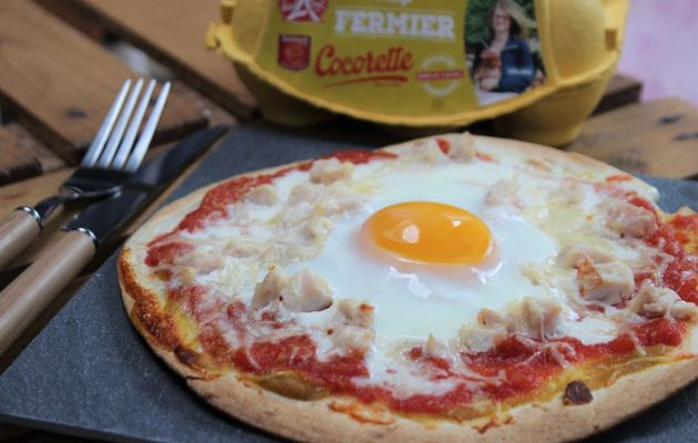 PIZZ'TORTILLA POULET TOMATE OEUF A CHEVAL