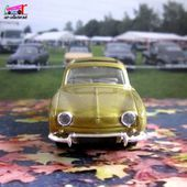 RENAULT DAUPHINE TOIT OUVRANT 1961 SOLIDO 1/43 - car-collector.net