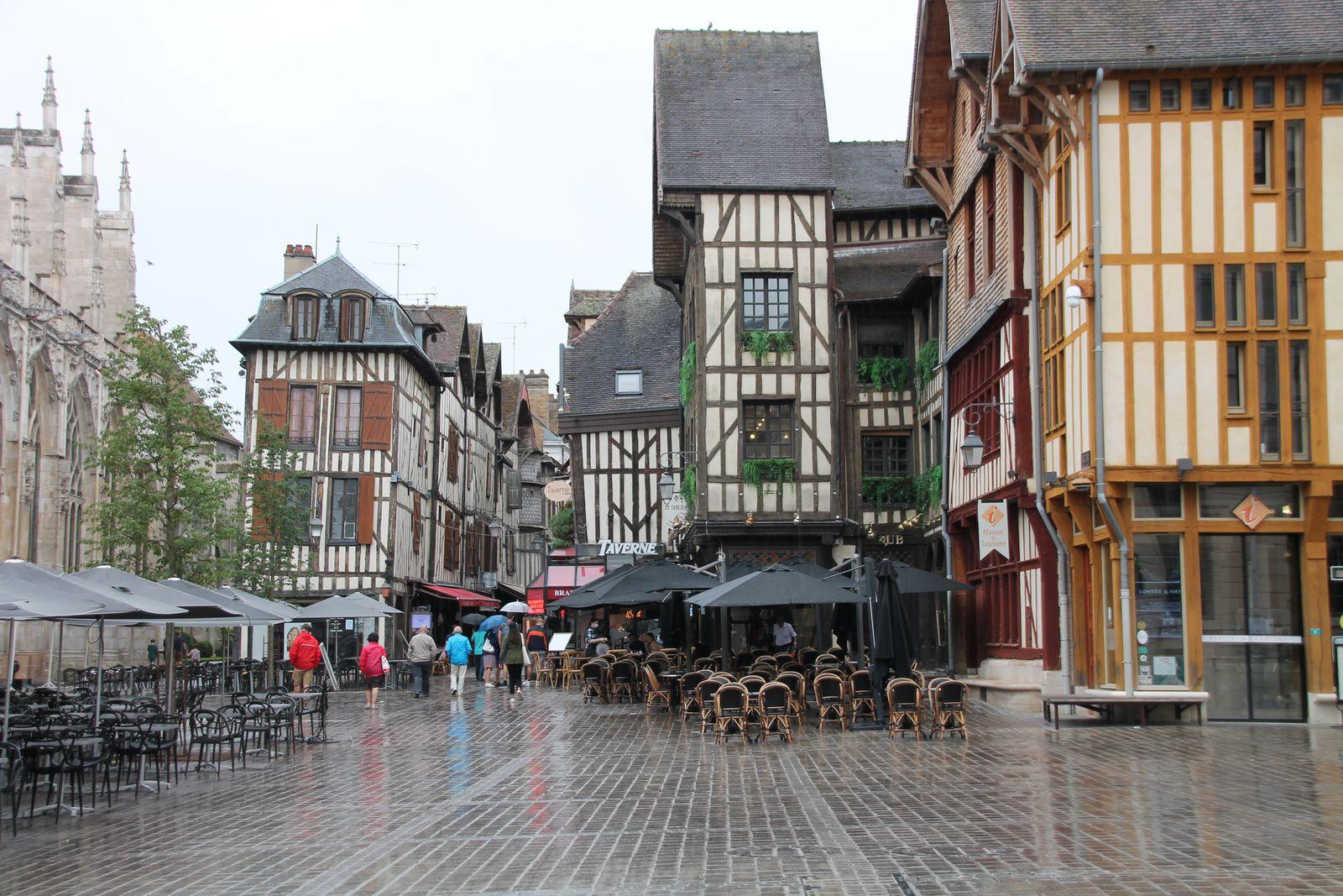 Gratin de pommes de terre au chaource - balade à Troyes