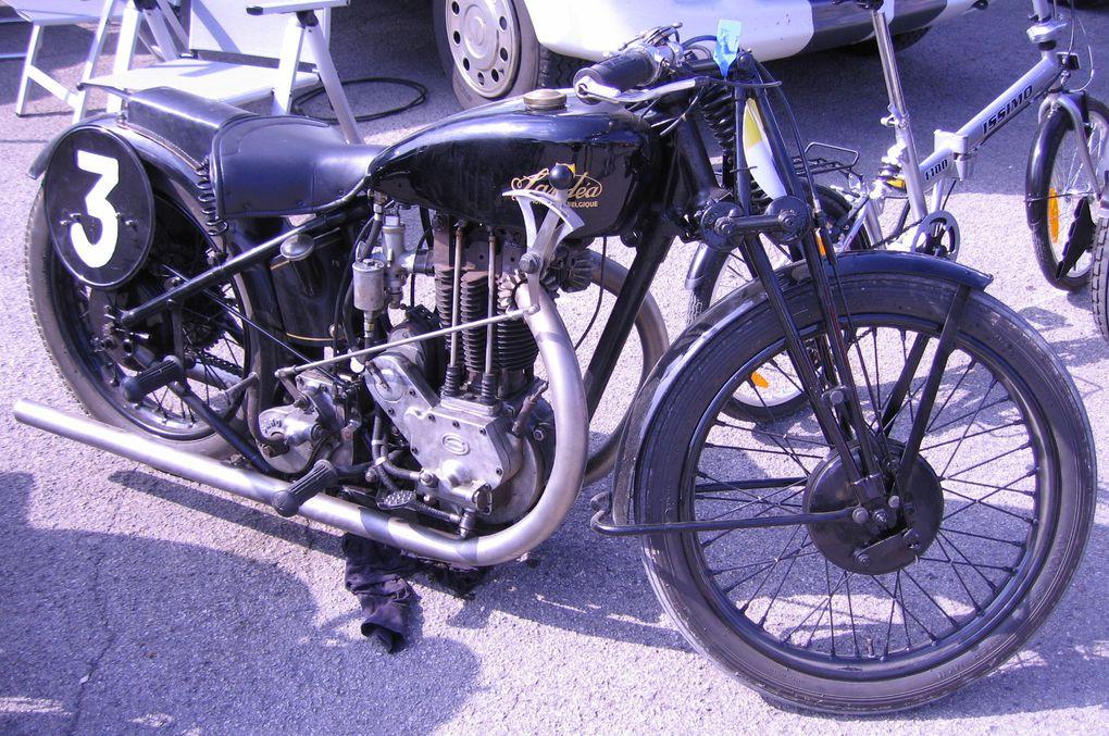 Coupes-Moto-Légende-2010 Demonstrations de motos et side car anciens Dijon Prenois