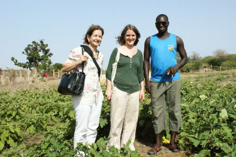 SENEGAL: On the road, Mbour: avec les Amis de Gandiol