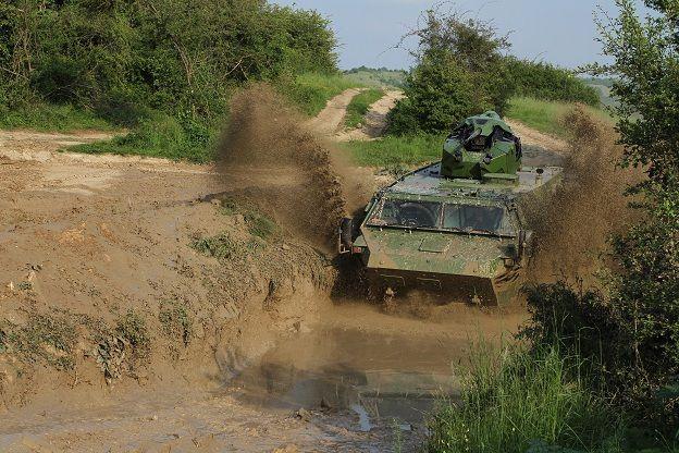 Véhicules et matériels : le VAB 6x6 MK III de Renault Trucks Defense