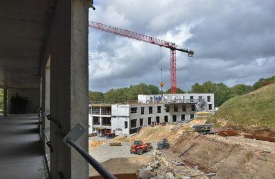 Visite guidée au chantier de construction de l'EHPAD des Oiseaux à Penhars