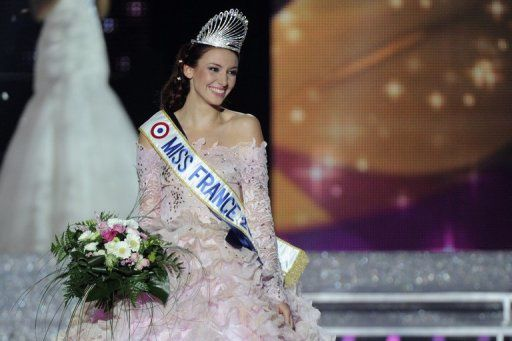 Delphine Wespirer (Miss Alsace) élue Miss France 2012