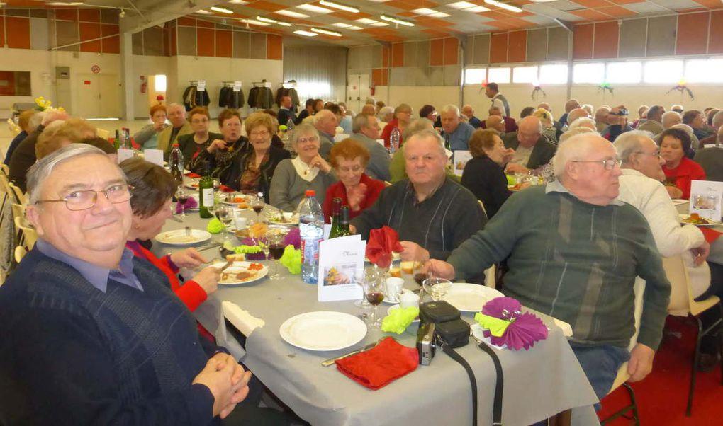 Une centaine de convives lors de ce repas des grands-mères