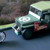 FASCICULE N°12 DIORAMA JEEP WILLYS MD38 1951 - LA COURSE CYCLISTE - L'ESTEREL. - car-collector.net
