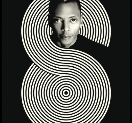 Jeff Mills explore le temps (électronique)...