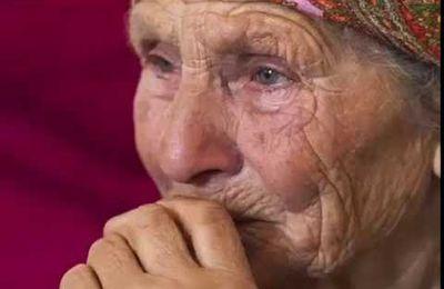 Chansons kabyles en hommage à la mère (Ajoutez votre chanson préférée)