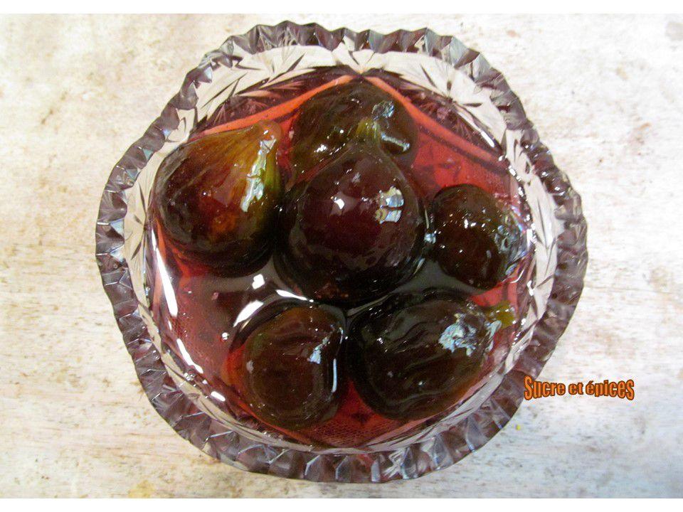 Confiture de figues avec des fruits entiers