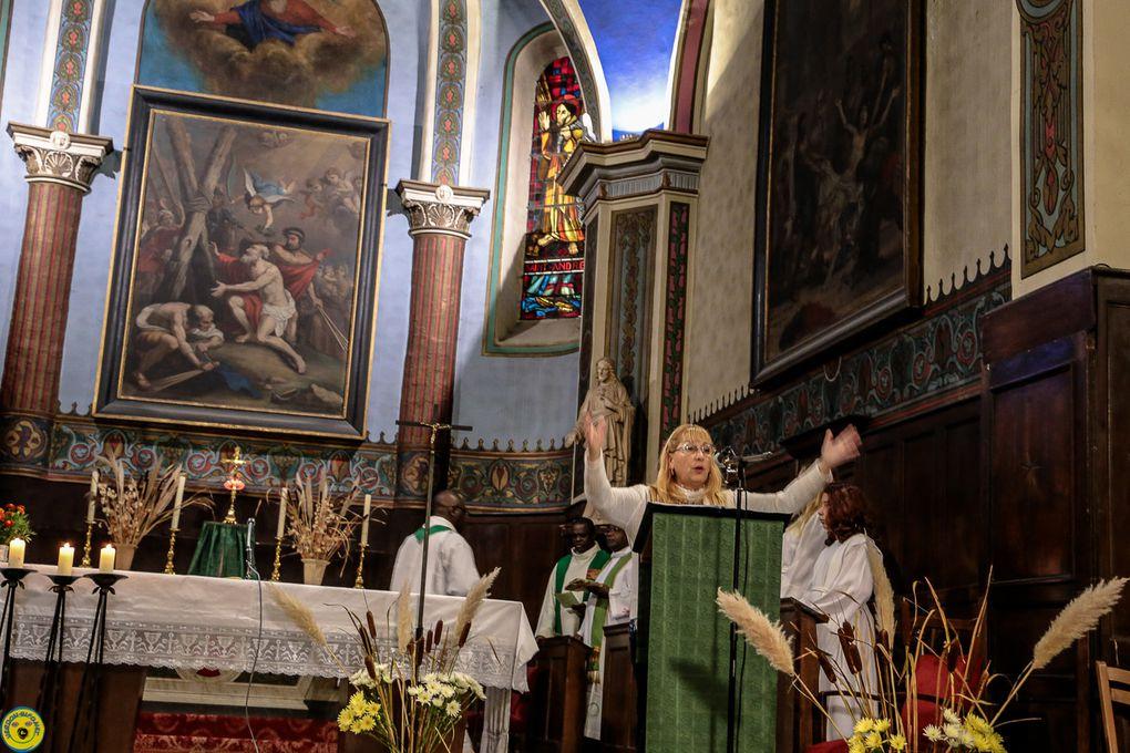Saint André les Alpes : Le père Benoît applaudi par toute une communauté