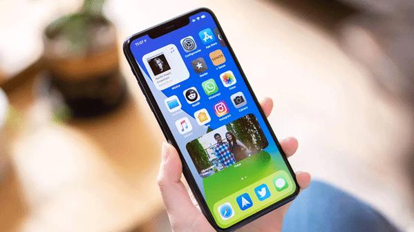 Comment régler le problème de la batterie qui commence à se décharger rapidement sur iPhone Xs Max ?