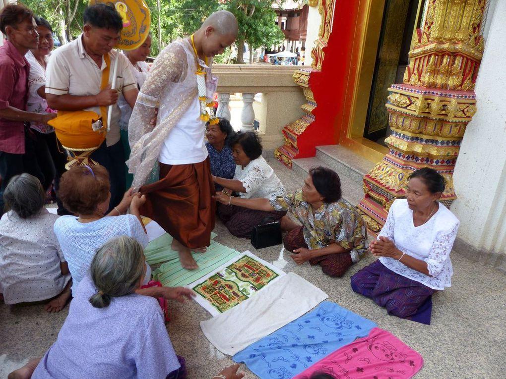 Ordination à Ban Praeng - Vu au temple (21-06)