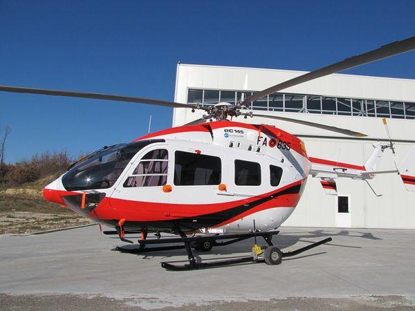 Photo : © Force Aérienne Albanaise - Le H145 Albanais utilisé pour les vols VIP.