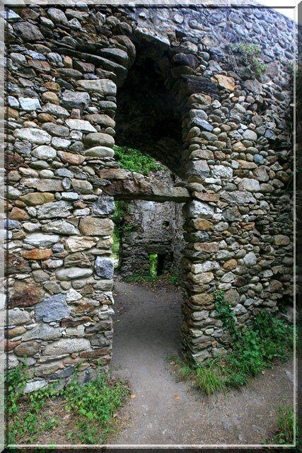 Diaporama pont fortifié de Montoulieu