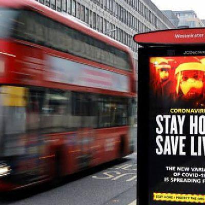 Covid-19 : Plus de 10.000 cas en 24h au Royaume-Uni, une première depuis février