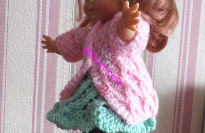 tutos gratuits  poupée : robe, collants et manteau