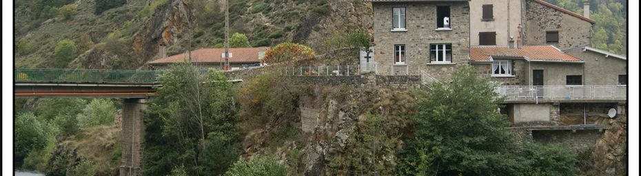 Les villages de Haute-Loire:Goudet
