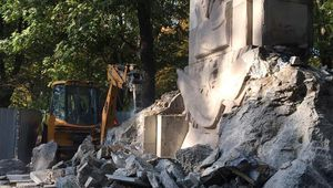 Le Parti communiste de Pologne condamne la destruction du monument aux soldats soviétiques de Varsovie
