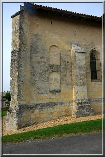 Diaporama église fortifiée de Saint-Quentin-de-Chalais