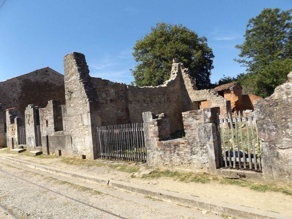 Les vestiges de la maison de la famille Hébras rue Principale à Oradour