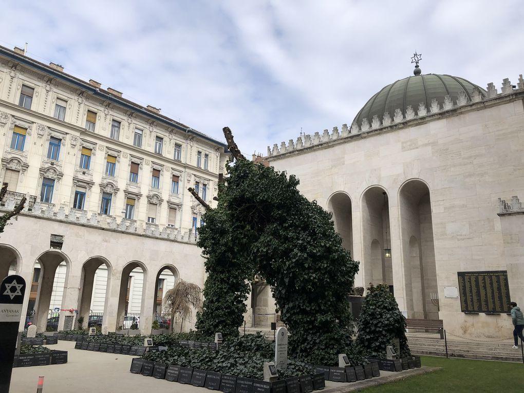 La Grande Synagogue de Budapest.