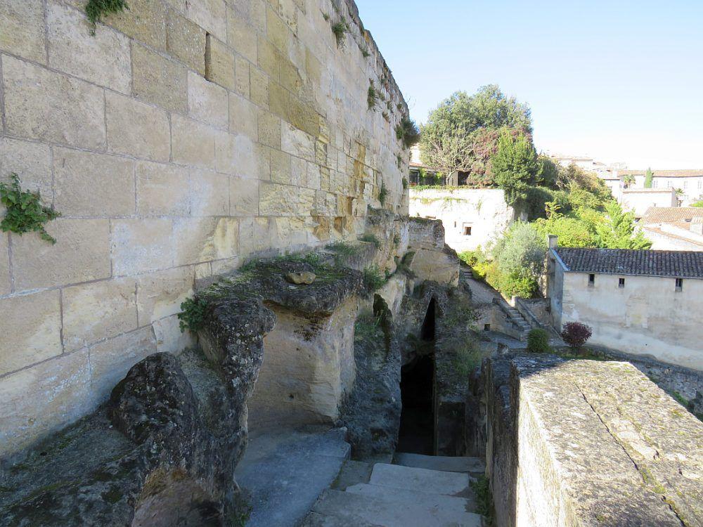 Saint Emilion Village médiéval situé au coeur du vignoble bordelais