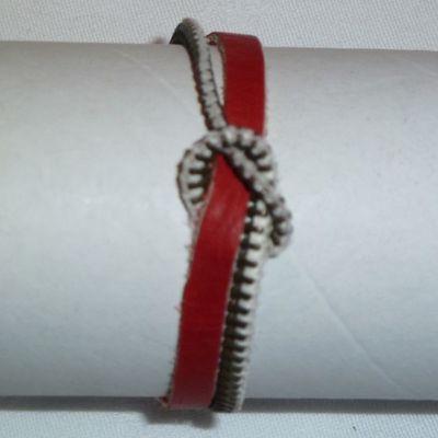 Bracelet cuir et fermeture noeud