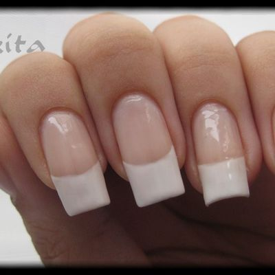 French effet faux ongles