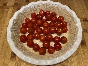 Clafoutis aux tomates cerise, feta et basilic