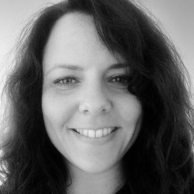 Audrey Pennel : Docteure en Histoire de l'art, chercheure transpériodes, romancière, scénariste
