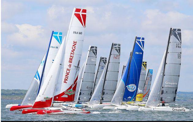 Grand Prix de l'Ecole Navale - belle entrée en matière pour Franck Cammas