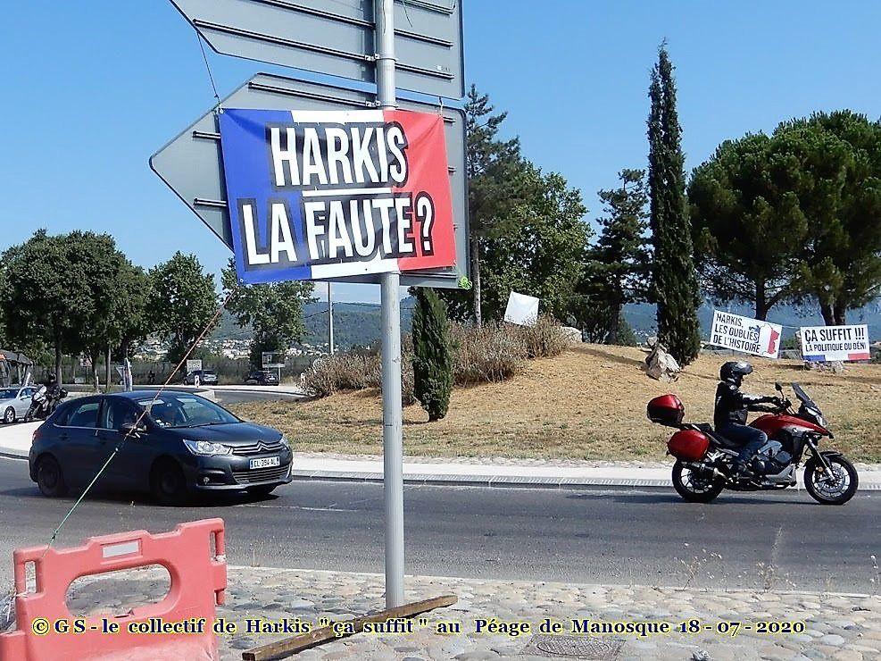 """Acte 5, Acte 6, Le collectif de Harkis """"ça suffit"""" au Péage de Manosque (04)"""