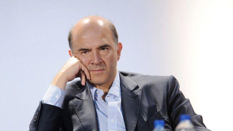 Pierre Moscovici, ancien ministre PS, aujourd'hui Président de la Cour des Comptes dénonce les abus des autres, les plus pauvres, et perçoit, lui, un cumul de 19.200 euros par mois...