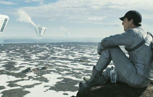Oblivion ; si Tom Cruise sauve le monde il ne sauve pas le film
