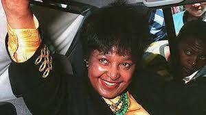 Imágenes de Winnie Madikizela-Mandela, activista e icono de la lucha contra el apartheid fallecida este lunes en Sudáfrica.- El Muni.