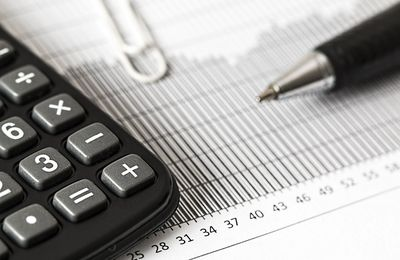 Why Does Financial Advisors Act As Investment Advisors?