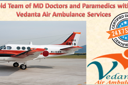 Uphold Team of MD Doctors and Paramedics with the Vedanta Air Ambulance in Delhi
