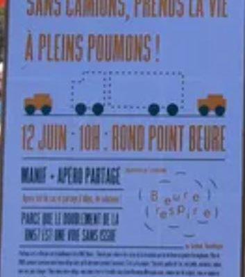 Manifestation au Rond-point de Beure