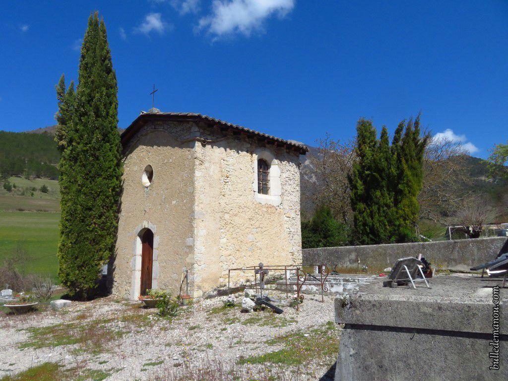 L'ancien cimetière du-haut et sa petite chapelle