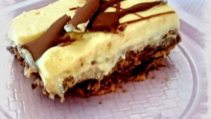 Tarta galletas y chocolates