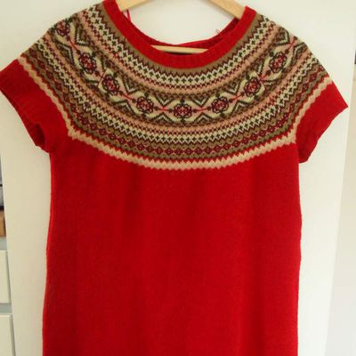 Pull - taille 40 - 8 euros