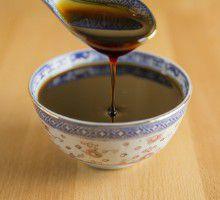 """La mélasse (extraite de la canne à sucre, ou de la betterave)  : préconisée par le diététicien américain """"Gaylord Hauser"""" dès les années 1960 - Ses multiples bienfaits se redécouvrent aujourd'hui..."""